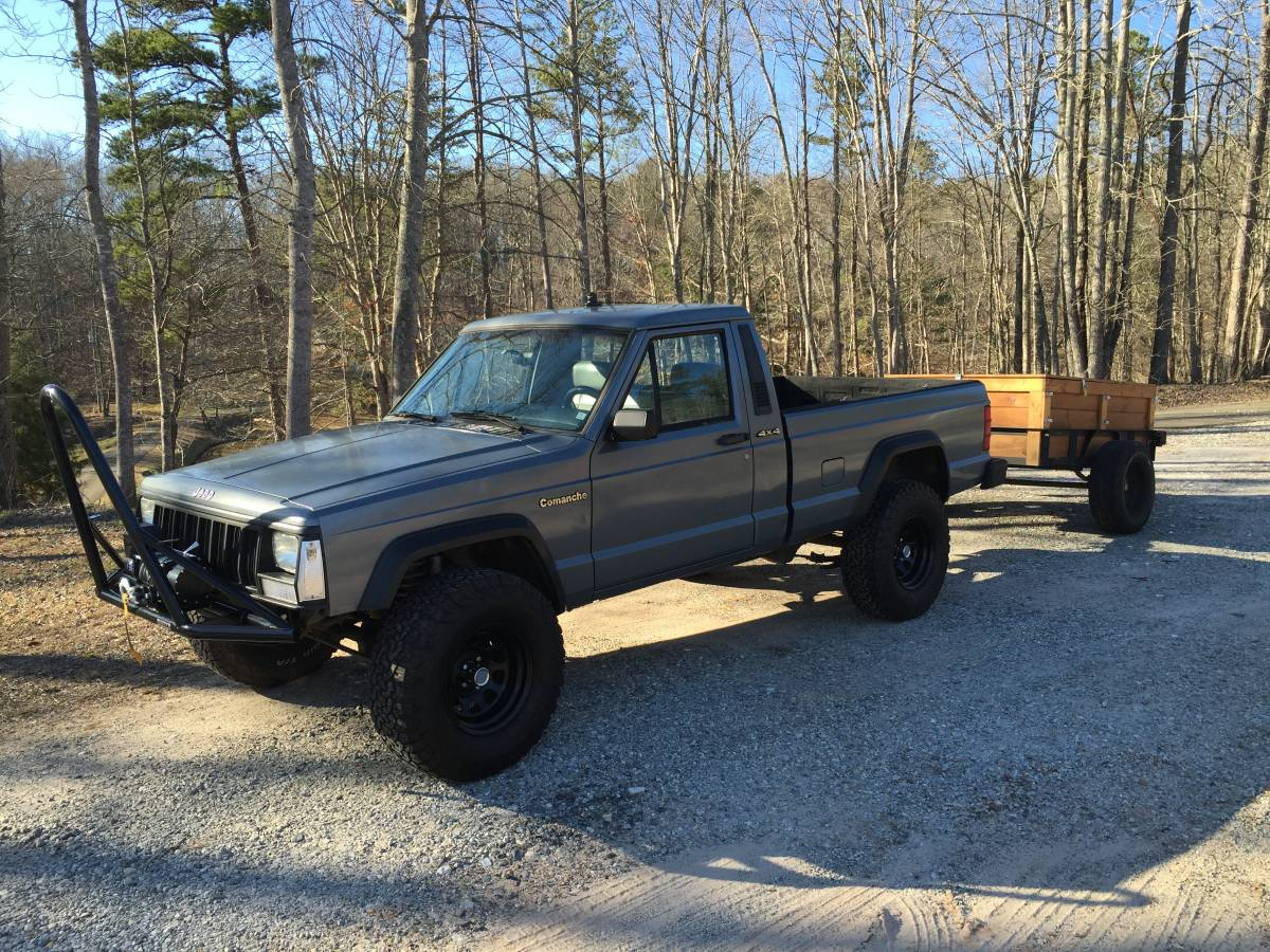 1992 Jeep anche Pioneer V6 Manual For Sale in Ball